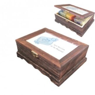 Boîte de bois acajou avec 3 savons