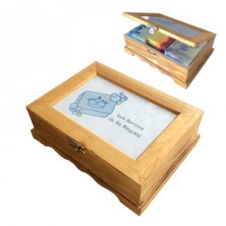Boîte de bois avec 3 savons aux choix.