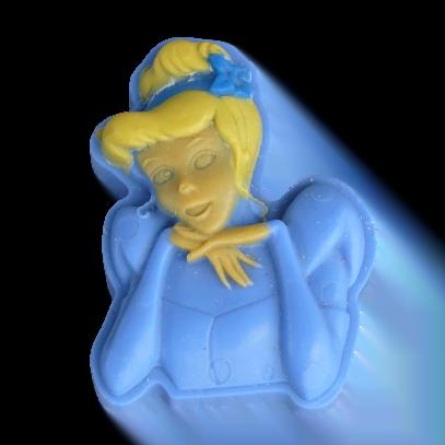 Cendrillon savon bleu et blond