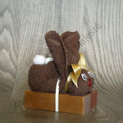 lapin-brun-serviette-chocolat-savon-majeste-fait-main-quebec-naturel-400x400