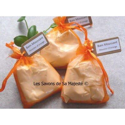 orange-hydratant-bain-mousse-moussant-bubble-bath-savon-majeste-poudre-lait-chevre-sac-400x400