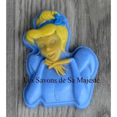savon-majeste-cendrillon-bleu-400x400